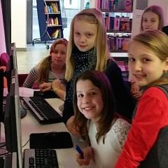 Die jüngsten Marienschüler erkunden die Stadtbibliothek